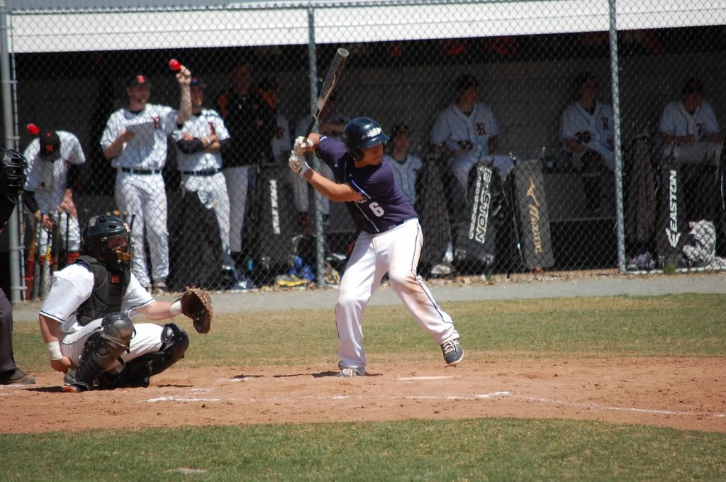 Freshman Catcher Noah Yokoi collected 3 hits in Ridgefield on Wednesday!