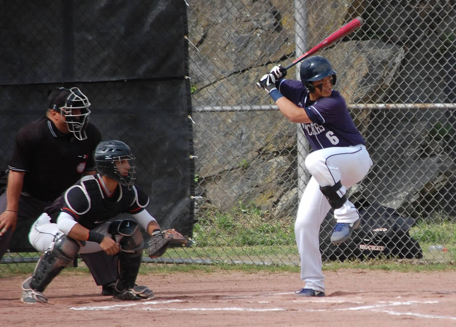 Noah Yokoi led the 13 hit attack with 3 Hits on Wednesday in Stamford!